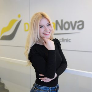 Katarzyna Pytka- Higienistka stomatologiczna-min
